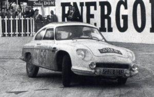 Rmc1959-158 DB Panhard HBR 5-Surles-Piniers