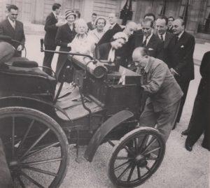 visite-reine-panahard-1957-2